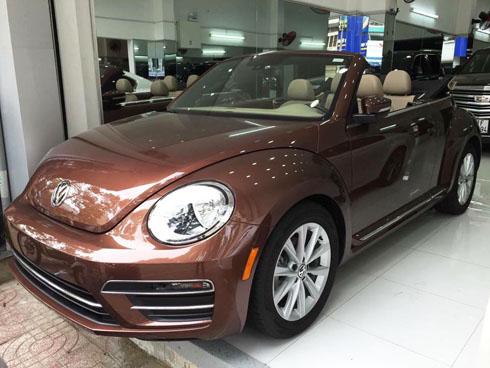 volkswagen-beetle-convertible-mui-tran-gia-gan-2-ty-tai-viet-nam