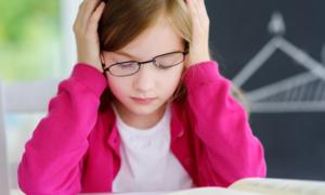 Giáo viên có được khám người học sinh vì nghi trộm đồ?