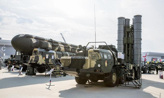 Dàn khí tài tối tân tại triển lãm quân sự lớn nhất của Nga