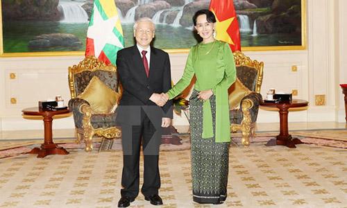 tong-bi-thu-nguyen-phu-trong-hoi-kien-co-van-nha-nuoc-myanmar