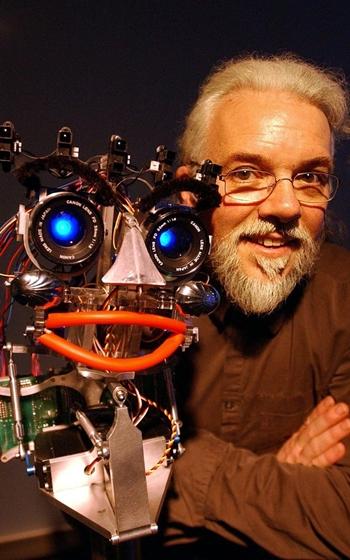 robot-cung-phan-biet-gioi-tinh-va-chung-toc-1