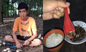 Chàng trai Tà Mun trổ tài làm món dế cơm kho tiêu