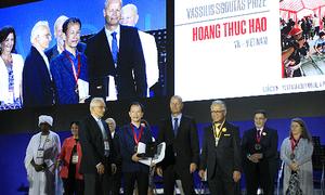 Giảng viên Xây dựng nhận giải tại Đại hội Kiến trúc thế giới