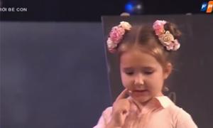 Bé 5 tuổi người Nga trò chuyện bằng nhiều ngoại ngữ