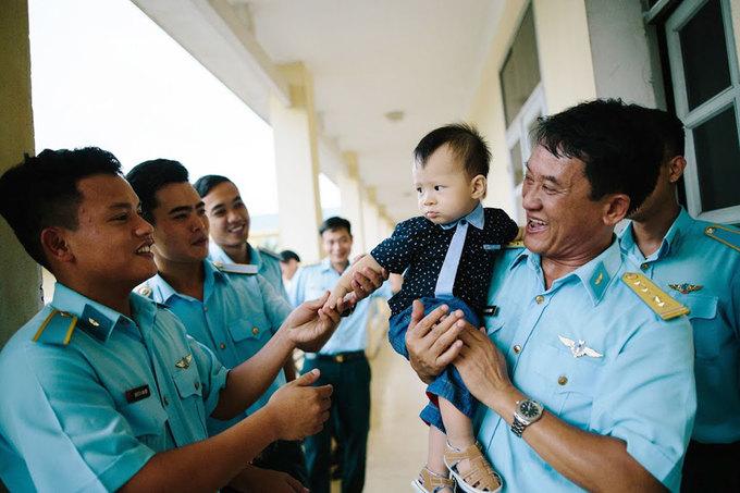 Con trai liệt sĩ phi công máy bay CASA tròn một tuổi