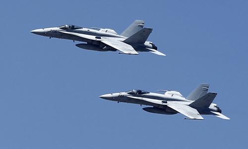 Chiến đấu cơ F-18. Ảnh: Reuters.