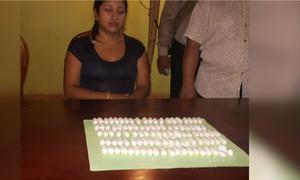 Cô gái ngoại quốc nuốt 104 viên cocain đưa về Việt Nam