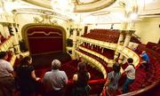Gần trăm lượt người mua vé một ngày khi Nhà hát lớn mở bán