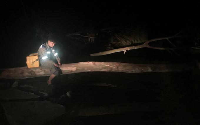 Nhà mạng khắc phục sự cố tê liệt viễn thông do bão