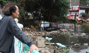 Chuyên gia gợi ý cách chống ô nhiễm hồ ở Hà Nội