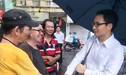 Phó thủ tướng thị sát hãng phim truyện Việt Nam
