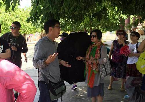 200 hướng dẫn viên bức xúc vì người Trung Quốc làm du lịch 'chui'