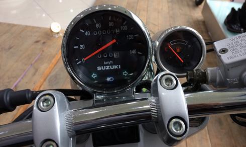 gz-150a-bobber-xe-do-chinh-hang-cua-suzuki-4