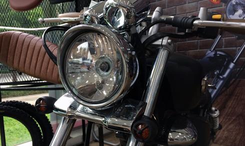 gz-150a-bobber-xe-do-chinh-hang-cua-suzuki-1