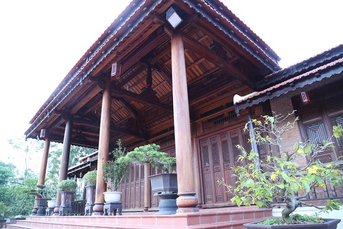 Căn nhà 80m3 gỗ của Chi cục trưởng kiểm lâm Quảng Trị