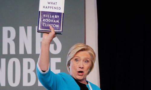 Bà Hillary trong sự kiện quảng bá cuốn hồi ký Chuyện gì đã xảy ra ngày 12/9 ở New York. Ảnh: Reuters.