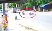 Hai xe máy tông nhau, 3 thanh niên tử vong