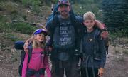 Ba bố con Mỹ sống sót thần kỳ sau khi bị sét đánh