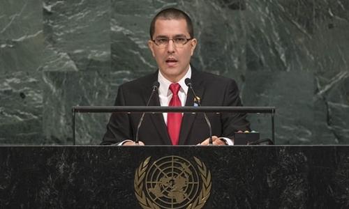 Ngoại trưởng Jorge Arreaza hôm 25/9 phát biểu tại Đại Hội đồng Liên Hợp Quốc ở New York, Mỹ. Ảnh: AP.