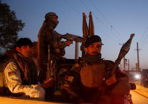 taliban-khoe-co-noi-gian-trong-vu-phong-rocket-vao-bo-truong-quoc-phong-my
