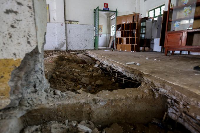 Ngôi trường 20 tỷ đồng bỏ hoang gần chục năm giữa TP HCM
