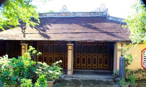 Đền thờ tổ nghề hát tuồng gần 200 năm tuổi ở Huế