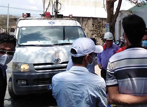 4 người bị thương vì khí độc, TP HCM sơ tán hàng nghìn học sinh