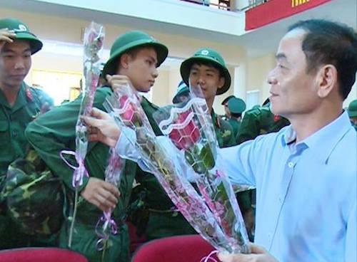 ong-le-thanh-van-khong-phai-cu-luan-chuyen-la-len-chuc-1