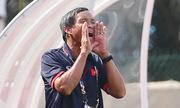 Thắng Campuchia 2-1: Cần tìm gấp huấn luyện viên ngoại cho tuyển Việt Nam