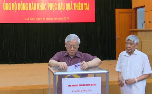 tong-bi-thu-chu-tich-nuoc-quyen-gop-ung-ho-dong-bao-vung-lu
