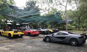 Hàng loạt siêu xe của đại gia Sài Gòn xuống phố