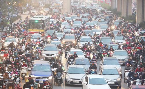 Hà Nội muốn ôtô được rửa sạch trước khi vào thành phố
