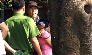 Nam thanh niên khống chế nữ điều dưỡng, yêu cầu cảnh sát cấp ôtô