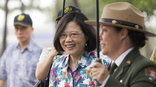 Bà Thái trong chuyến thăm Hawaii. Ảnh: Reuters.