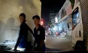 3 xe tải chặn đầu, dọa đánh tài xế ôtô Grab