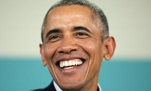 Khán giả bật cười khi Obama nói đùa sinh ra ở Kenya