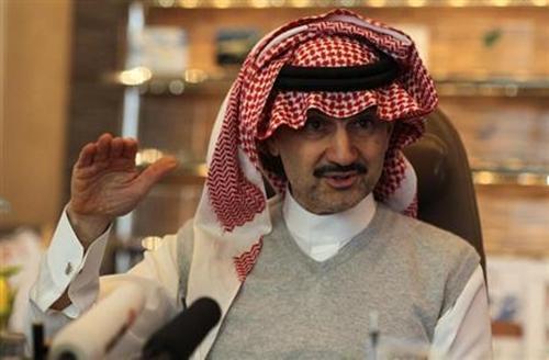 Hoàng tử Al-Waleed bin Talal năm 2013. Ảnh: Reuters.