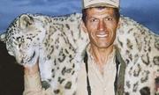 Báo tuyết quý hiếm bị thợ săn bắn chết gây phẫn nộ