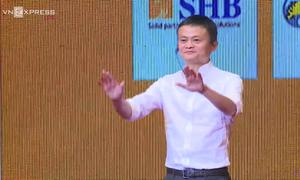 Jack Ma biểu diễn Thái Cực Quyền trước sinh viên Việt Nam