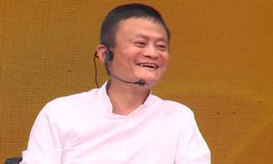 Những câu trả lời của Jack Ma làm nóng buổi đối thoại