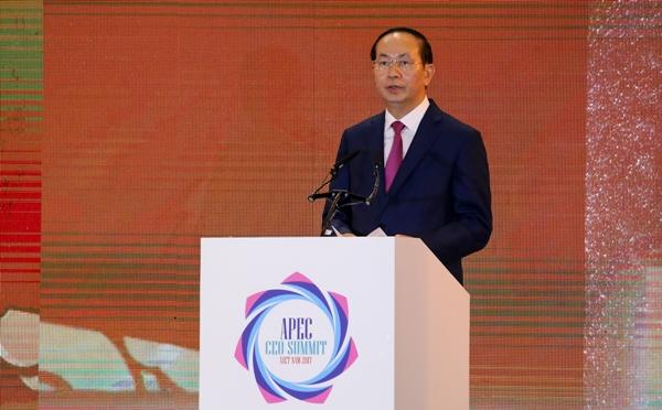 Chủ tịch nước Trần Đại Quang phát biểu tại phiên khai mạc CEO Summit 2017. Ảnh: Quỳnh Trần.