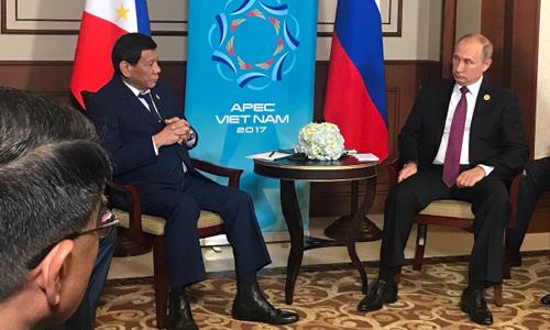 Tổng thống Philippines và Tổng thống Nga Putin gặp song phương bên lề APEC 2017. Ảnh: Chính phủ Philippines.