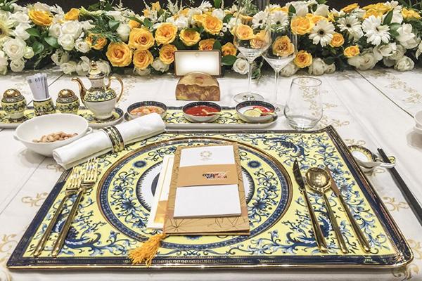 Bàn tiệc của lãnh đạo cấp cao trong tiệc chiêu đãi tại Hội nghị Thượng đỉnh APEC. Ảnh: Nguyễn Đông.