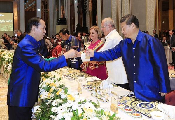 le-don-chinh-thuc-cac-nha-lanh-dao-apec-page-2-25