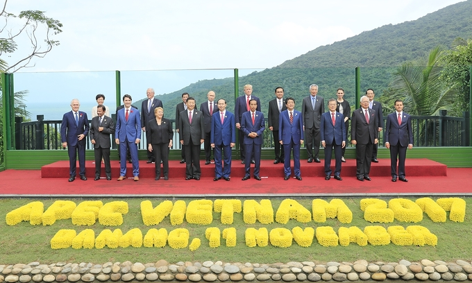 Các lãnh đạo APEC chụp ảnh chung sau họp cấp cao