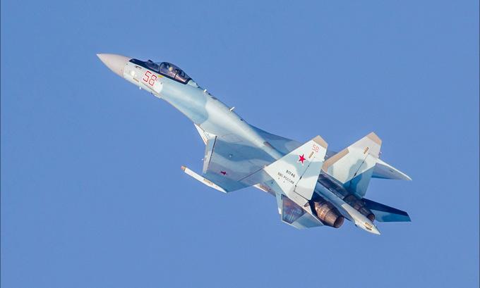 Tiêm kích tối tân Nga, Mỹ biểu diễn trên bầu trời Dubai