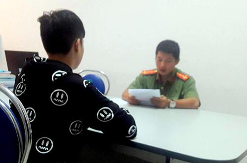 Thanh niên livestream Cô Ba Sài Gòn chủ động lên làm việc với công an. Ảnh: K.L