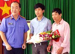 bi-giam-oan-21-thang-nguoi-dan-ong-doi-boi-thuong-mot-ty-dong
