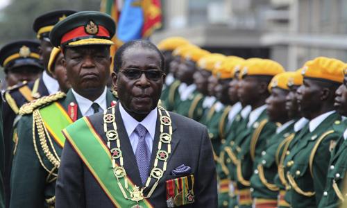 cuu-chien-binh-zimbabwe-yeu-cau-ong-mugabe-tu-chuc-ngay-hom-nay