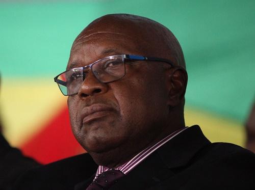 cuu-chien-binh-zimbabwe-yeu-cau-ong-mugabe-tu-chuc-ngay-hom-nay-1